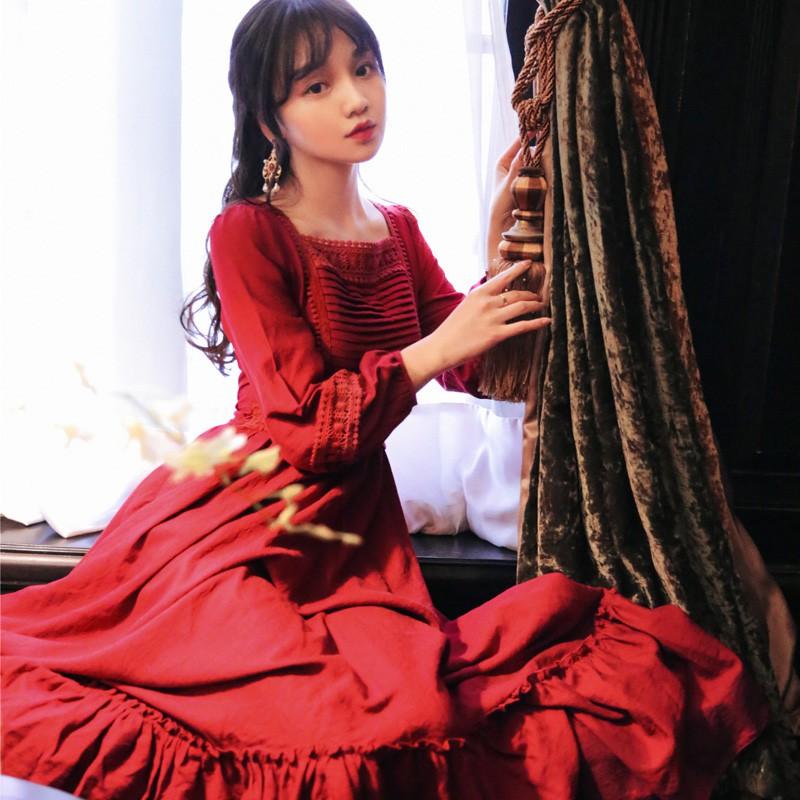 Váy đỏ dáng boho, đầm đỏ cho cô nàng sống ảo
