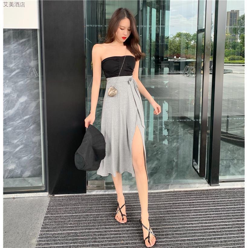Bộ Áo Ống + Chân Váy Lưng Cao Xẻ Tà Xinh Xắn Dành Cho Nữ
