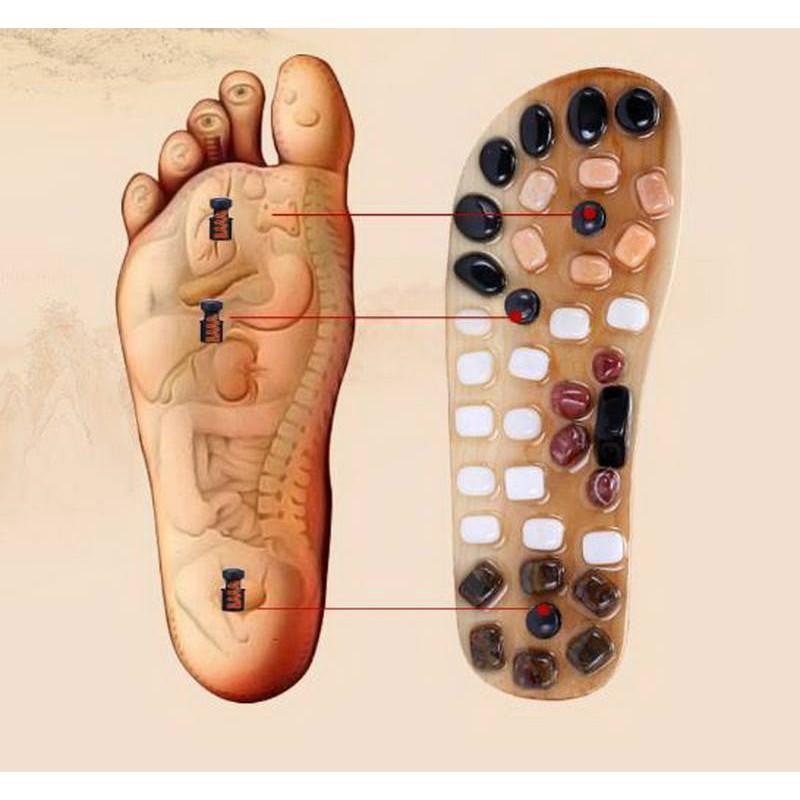 Dép massage ấn huyệt chân khảm đá trên gỗ tự nhiên