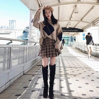 set áo len dài tay và chân váy họa tiết ca rô trẻ trung dành cho nữ