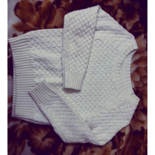 Áo len chất dày dặn