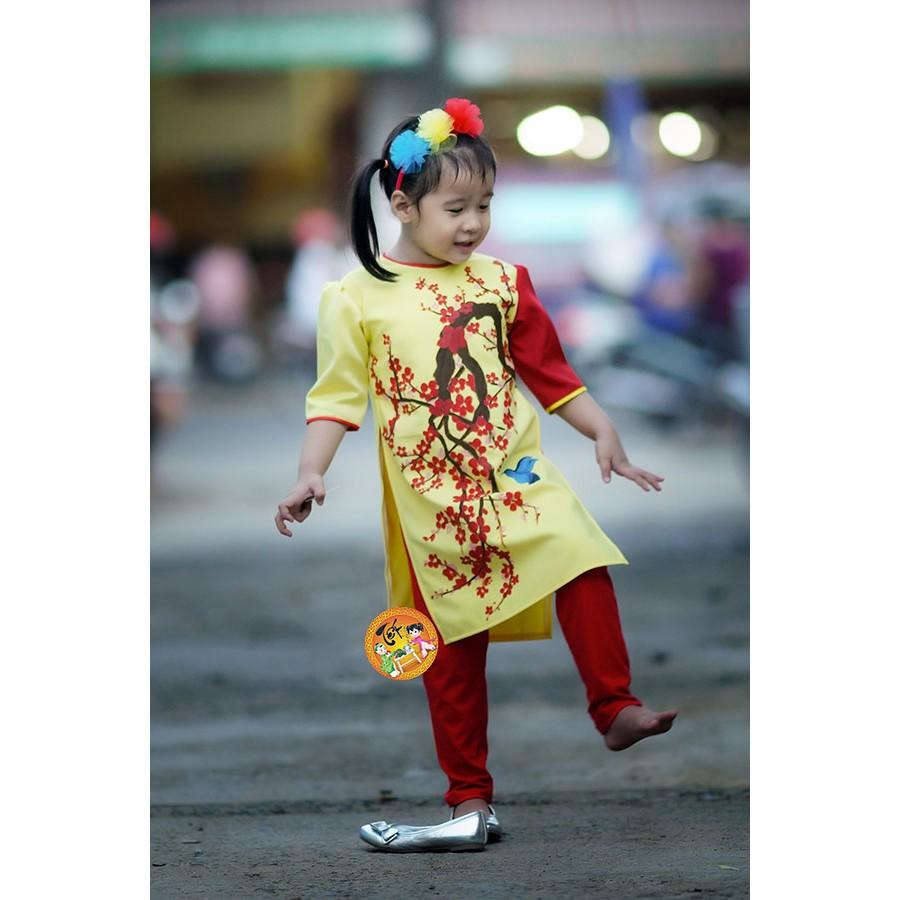 Áo dài cách tân thượng hạng bé gái. Hàng cao cấp. Mẫu Hoa đào đỏ