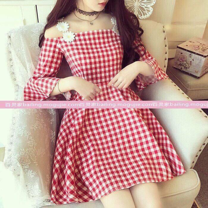 Đầm váy xòe bẹt vai caro