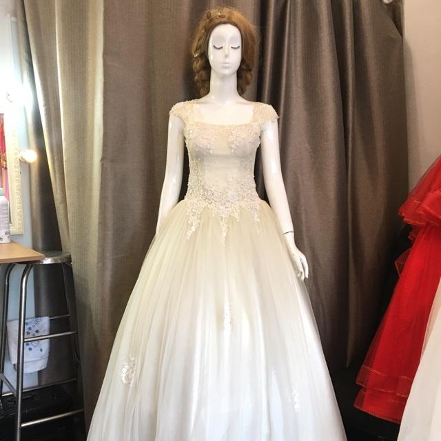Thanh lý váy cưới