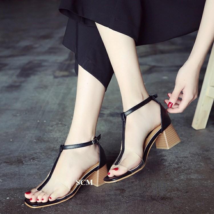 Giày gót vuông giả gỗ quai T