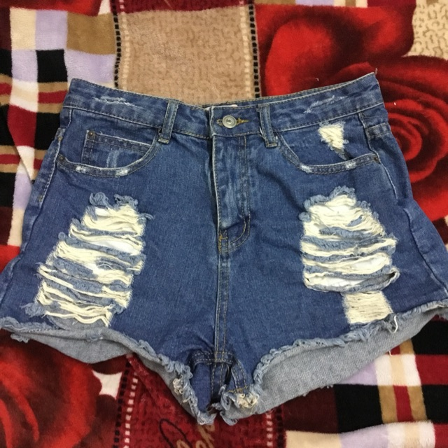 Quần jean ngắn mới 99%