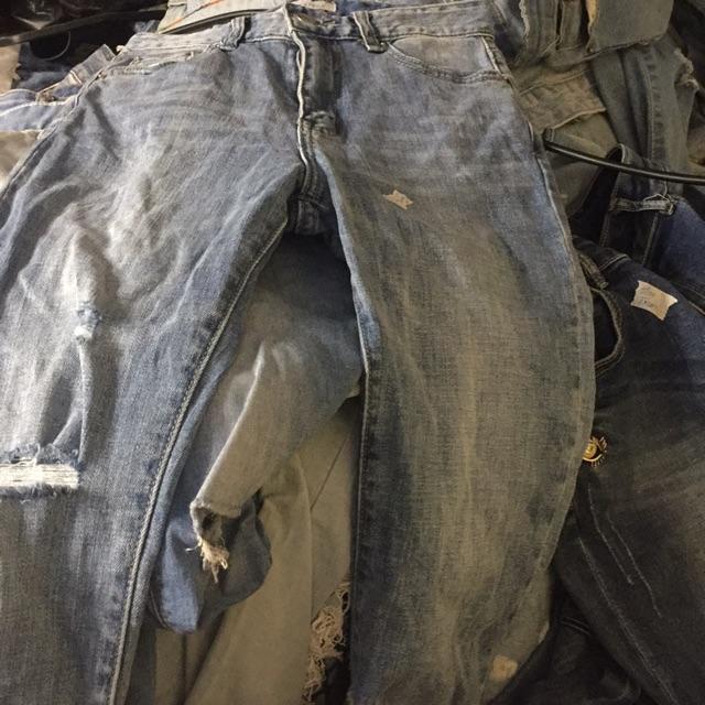 Quần babgy và chân váy jean