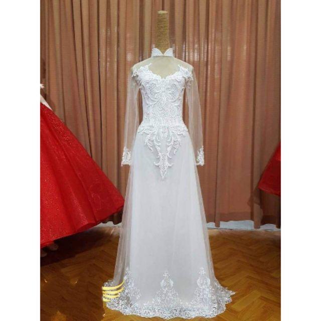 Bộ áo dài màu trắng