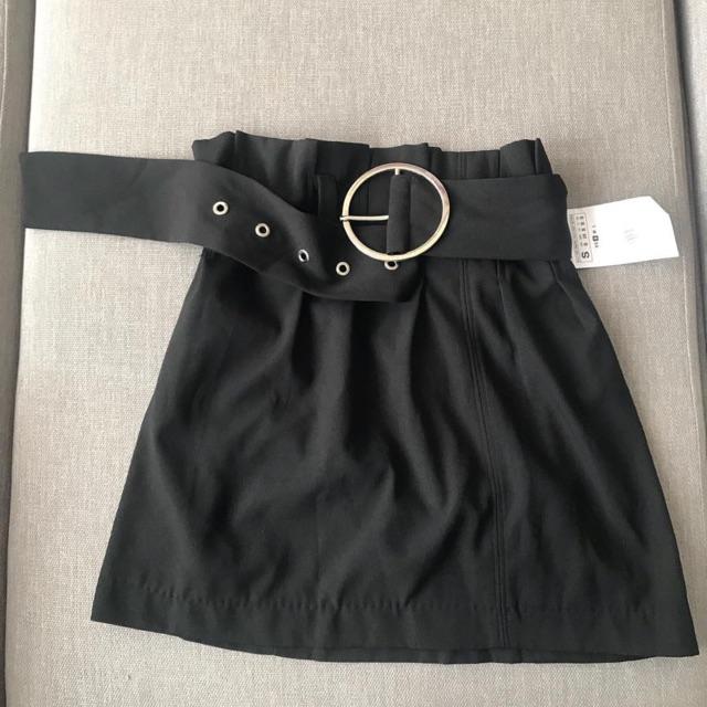 Chân váy kèo belt Zara 200k size S