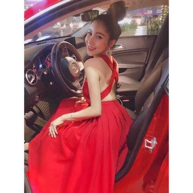 Đầm đỏ chéo lưng