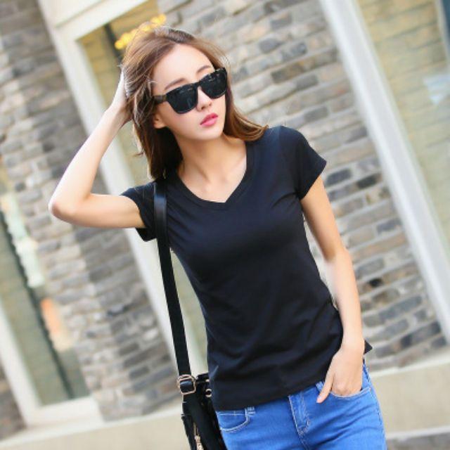 Combo áo thun và quần jean vnxk