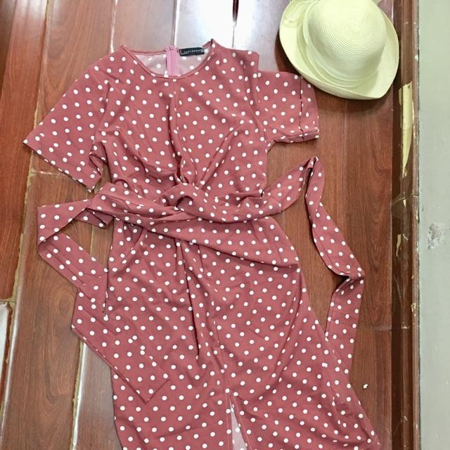 đầm buộc eo bi hồng xẻ tà trc