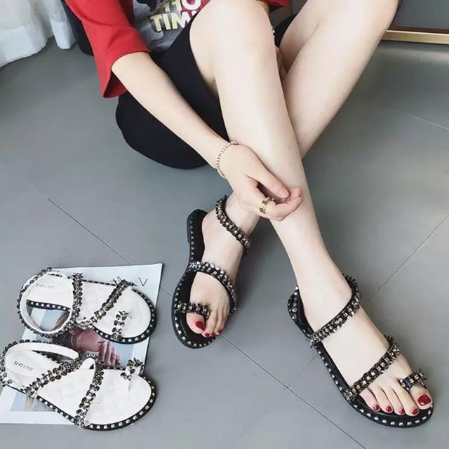 Sandal nữ bệt đá cuốn hạt to