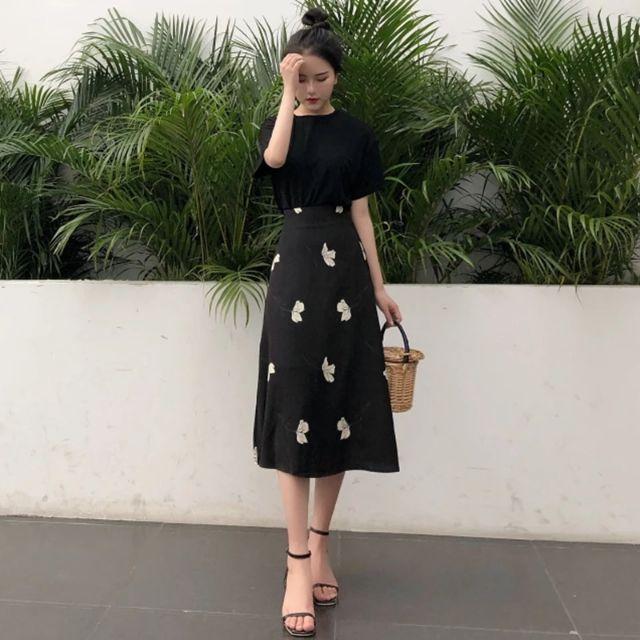 1145124128 - Set áo thun chân váy dài nhẹ nhàng sang trọng