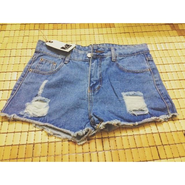 Quần short jeans rách katun