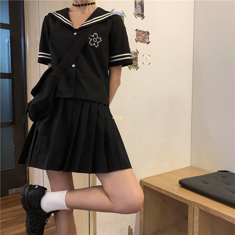 Set Áo Ngắn Tay + Chân Váy Xếp Li Phong Cách Hàn Quốc Dành Cho Nữ
