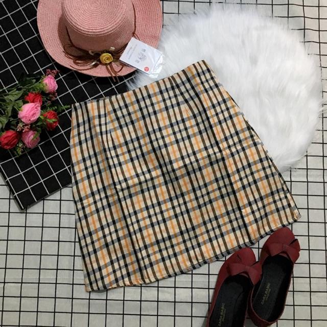 Chân váy burberry form A
