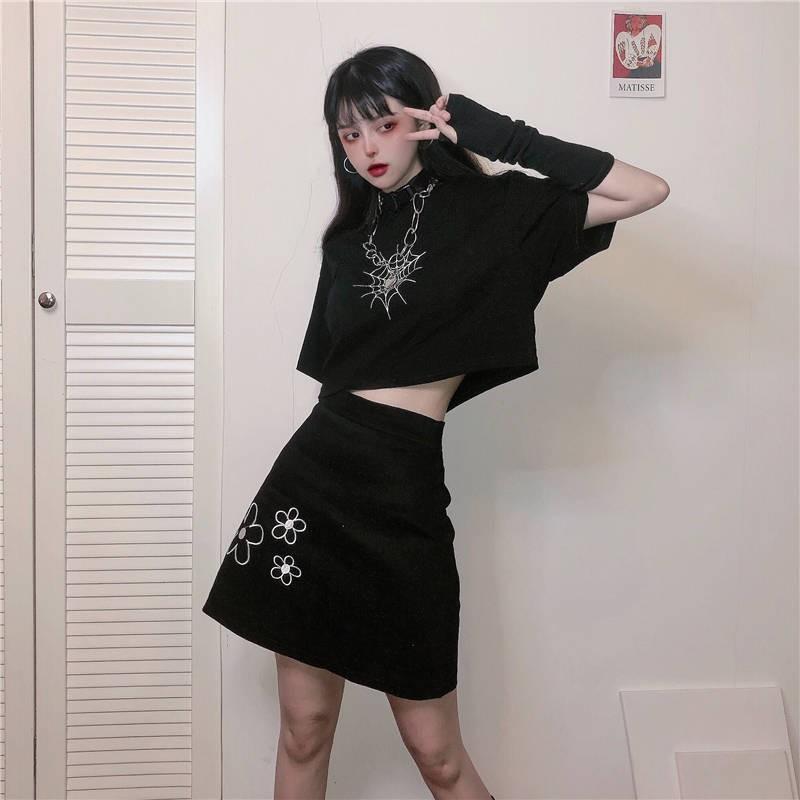 Bộ Áo Thun Ngắn Tay + Chân Váy Đen Đáng Yêu Cho Nữ Kiểu Hong Kong 2020