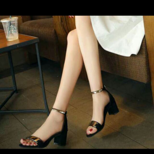Sandal gót vuông. Kèm hình thật