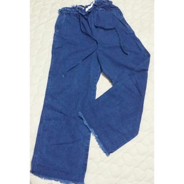 Combo jeans mango + đầm ren Huong Boutique + sơmi mango auth