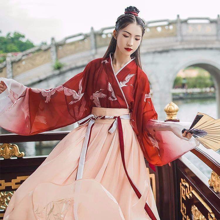 đầm nữ dài tay cổ tròn xếp ly thời trang