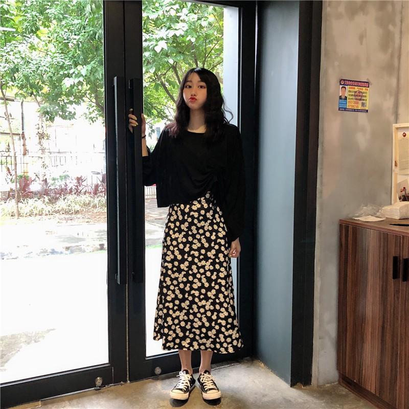 Set áo thun+ chân váy đen cúc hoạ my dài FREESHIP