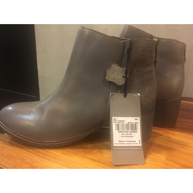 Angle boot size 40