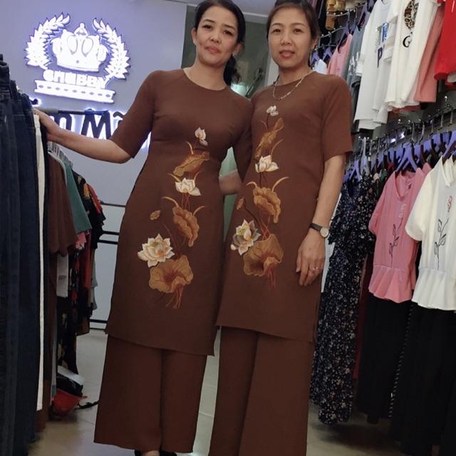 Bộ áo dài cách tân đi lễ chùa.