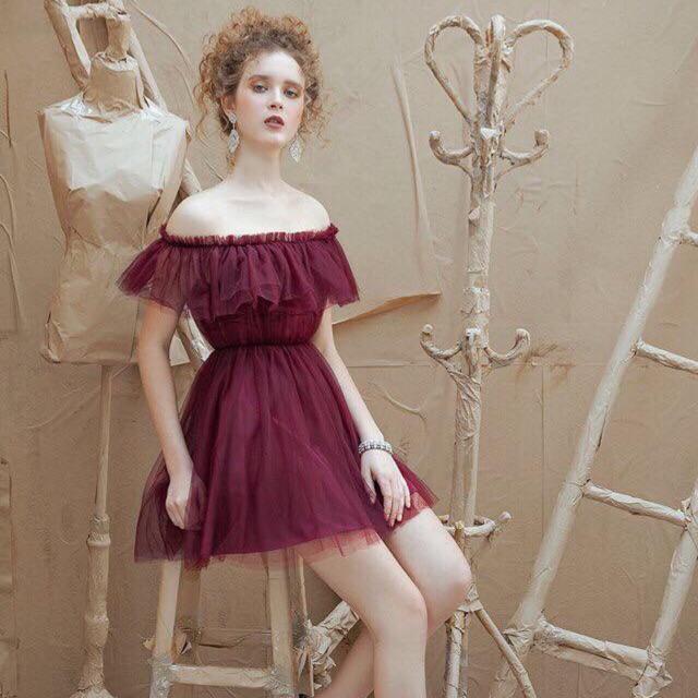 Đầm trễ vai lưới xoè - Redy Dress