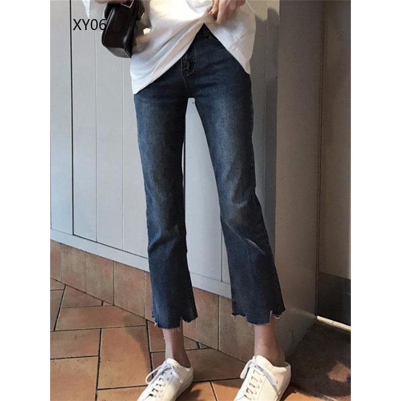 Quần jeans nữ ống rộng xắn gấu cá tính