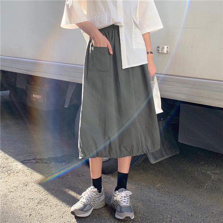 Chân váy dài dáng xòe phong cách Hàn Quốc thanh lịch dành cho nữ