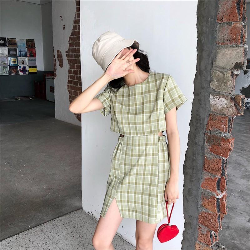 Set Áo Thun Tay Ngắn Giả Hai Lớp + Chân Váy Chữ A Lưng Cao Họa Tiết Sọc Caro Thời Trang