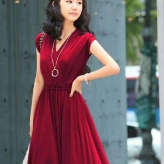 Váy xinh,2 màu đen đỏ