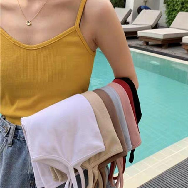 Áo croptop len gân 2 dây nhỏ