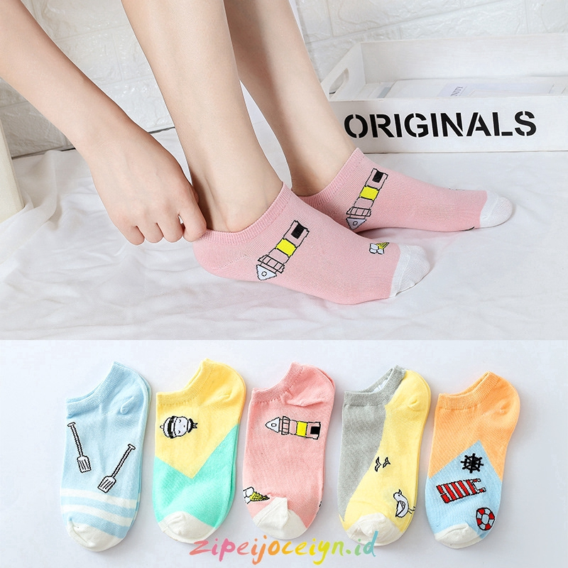 Women's Cute Cartoon Short socks M104