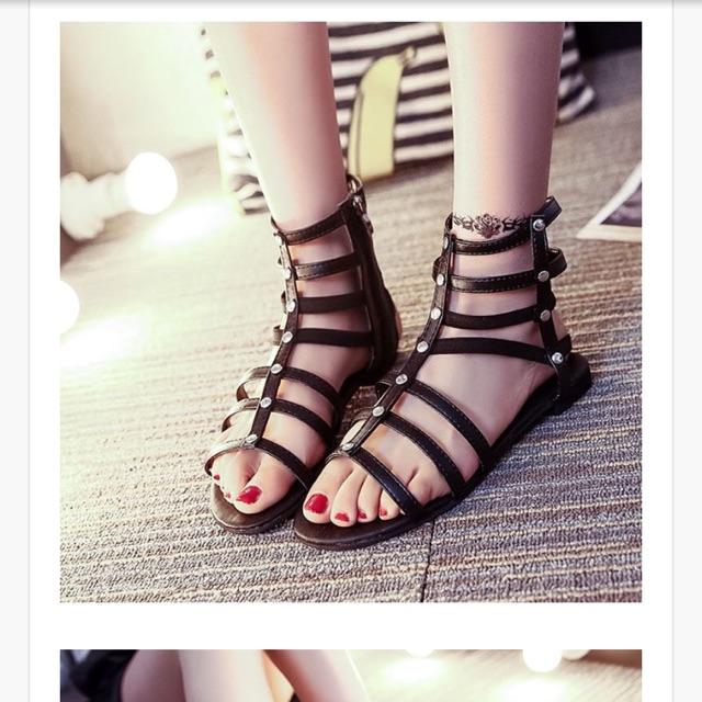 Sandal cổ cao