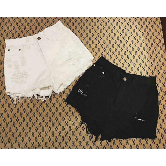 Quần jean short trắng đen