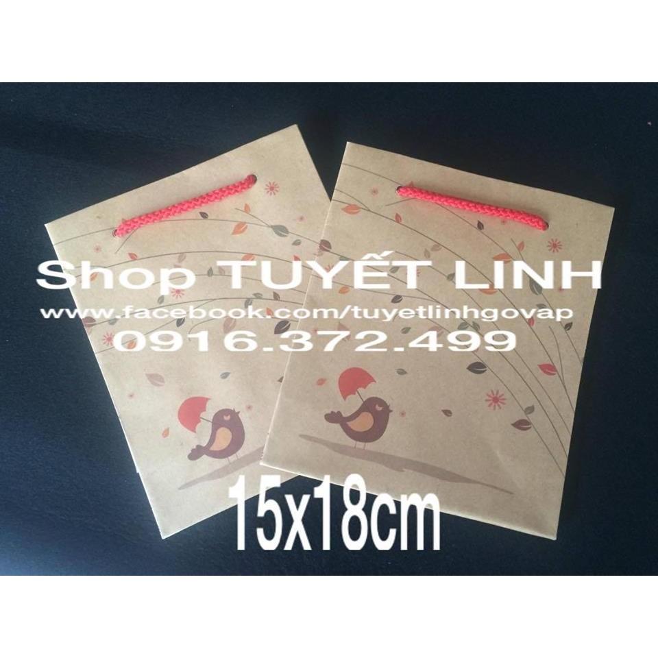 Túi giấy có quai đựng quà tết :10k / c
