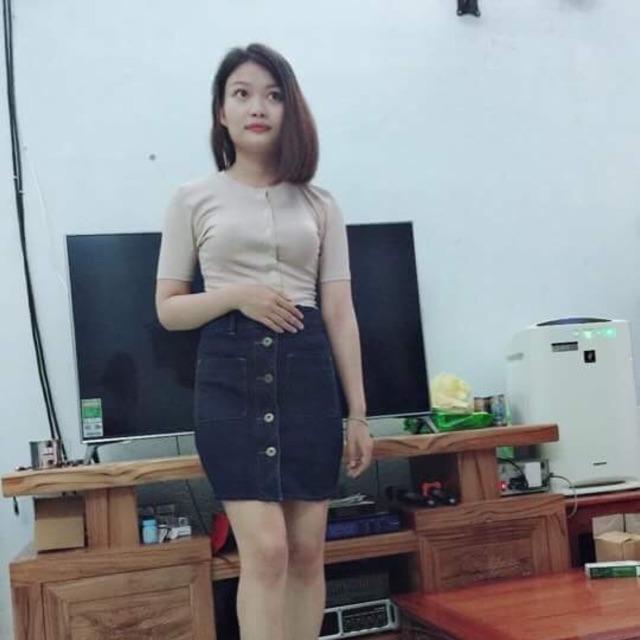 Sét chân váy jean+ áo thun gân