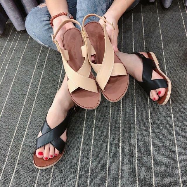 Giày chị NhiTy