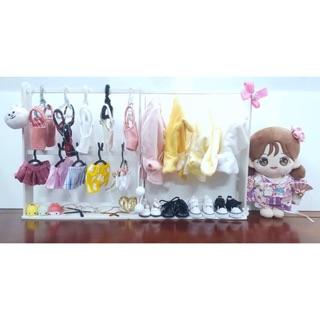 Giá treo quần áo cho doll