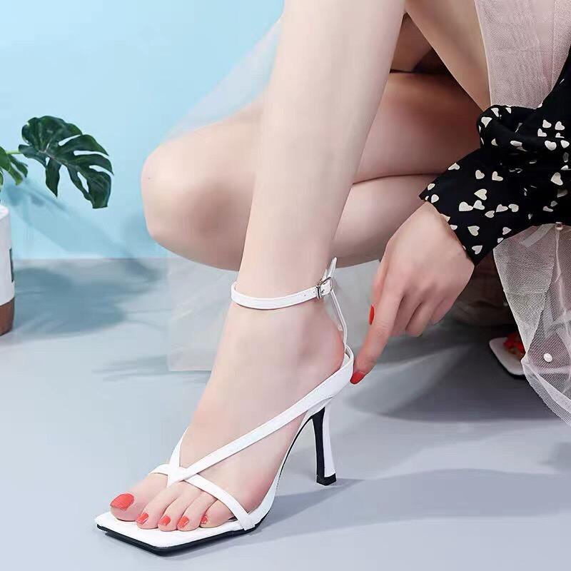 Giày Sandal cao gót 7p xỏ ngón dây mảnh chữ V cá tính siêu hot