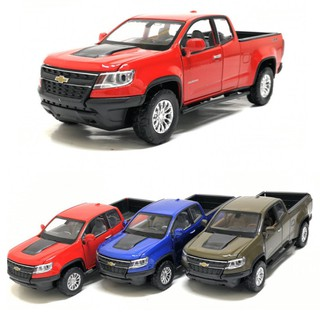 Xe ô tô bán tải Chevrolet colorado tỉ lệ 1 36 Xe bằng sắt mở full cửa chạy cót có đèn và âm thanh thumbnail