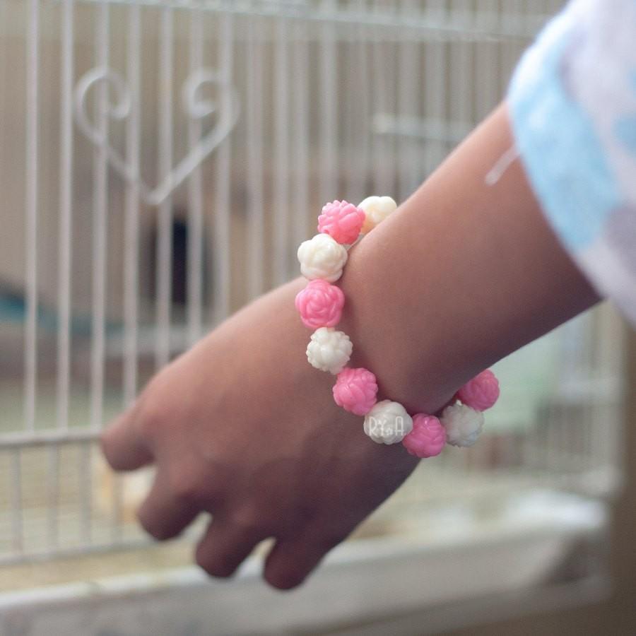 Vòng tay cho bé hạt nhựa cỡ trung RYA 17019-1