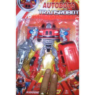 Lắp ráp robot biến thành xe Prime