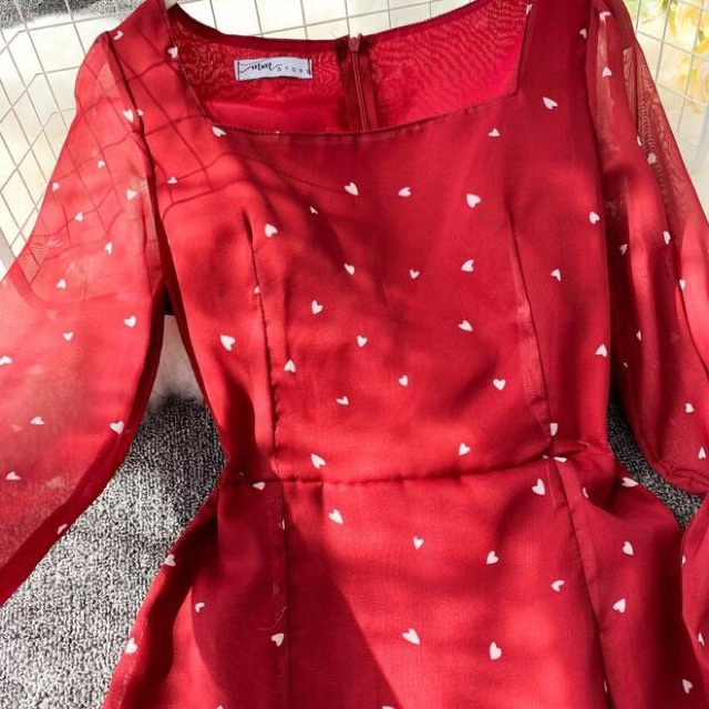 [HÀNG ORDER] Đầm đỏ hoạ tiết trái tim đẹp xuất sắc