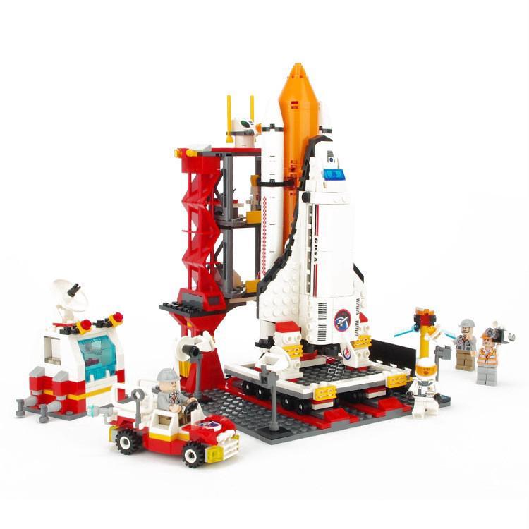 Compatible With 60080 GUDI 8815 679pcs City Space Port Building Blocks