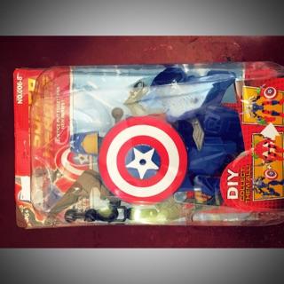 Hộp đồ chơi siêu anh hùng lắp ghép