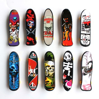*Children's Educational Toys Creative Fingertip Movement Finger board Mini Finger Skateboard Alloy Skate Boarding Toys