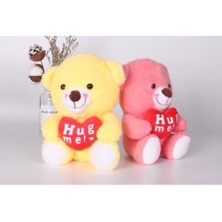 Gấu bông ôm tim chữ HugMe
